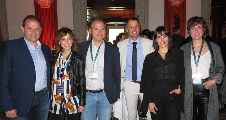 "Beta Film (Germany) celebrated 60 years at its Beta Brunch, introducing the recently acquired catalogue from Movistar (Spain): Ismael Calleja, manager original Production, Nicolas Lecocq, senior manager development, both from Movistar, and Christian Gockel, EVP International Acquisitions, with Leticia Dolera, Celia Freijeiro and Aixa Villagran, talent of Movistar's original ""Dejate Llevar"""
